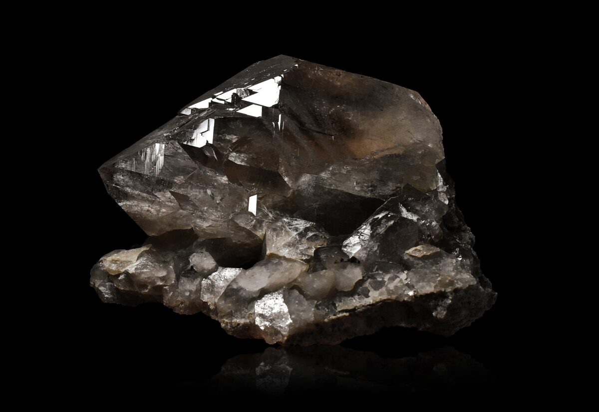 Gwindel and Hematite from Talèfre, Mont-Blanc, France
