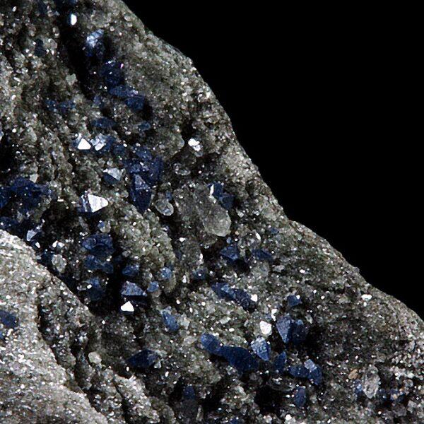 Anatases and Quartz from Dodo Mine, Russia