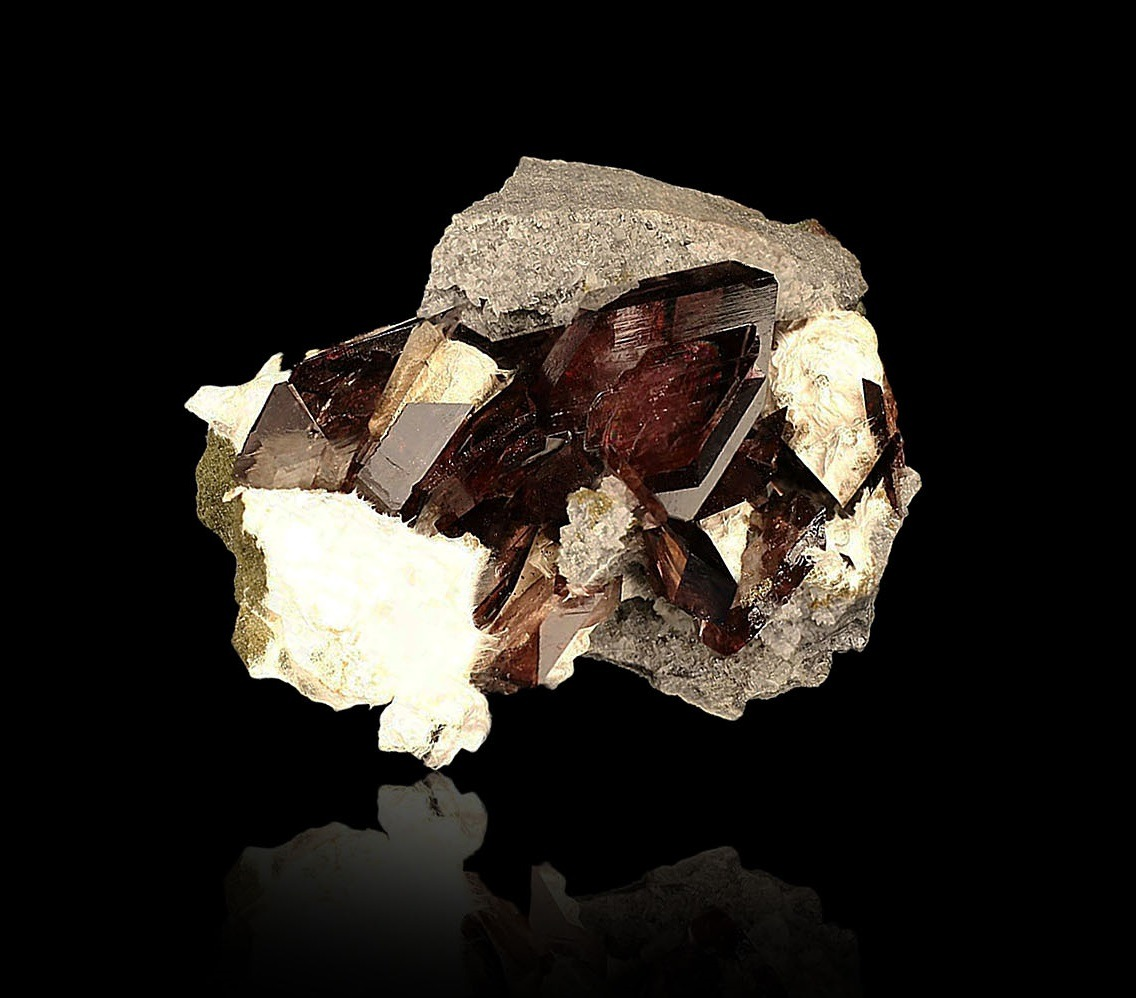 Axinite from Puiva Mine, Russia